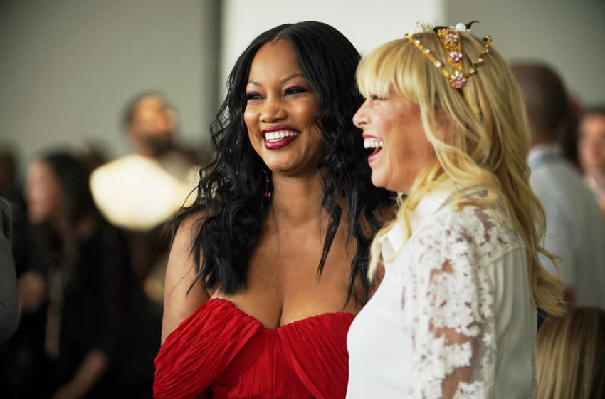 THE REAL HOUSEWIVES OF Beverly Hills, Garcelle Beauvais, Sutton Stracke (Photo by: Kathy Boos/Bravo)