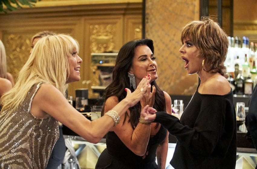 THE REAL HOUSEWIVES OF Beverly Hills, Sutton Stracke, Kyle Richards, Lisa Rinna (Photo by: Kathy Boos/Bravo)