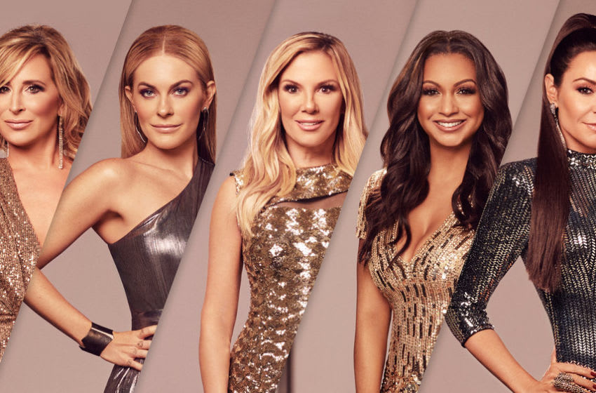 THE REAL HOUSEWIVES OF NEW YORK CITY -- Season:13 -- Pictured: (l-r) Sonja Morgan, Leah McSweeney, Ramona Singer, Eboni K. Williams, Luann de Lesseps -- (Photo by: Sophy Holland/Bravo)