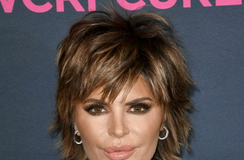 BEVERLY HILLS, CALIFORNIA - FEBRUARY 27: Lisa Rinna attends The Women's Cancer Research Fund's 'An Unforgettable Evening' at Beverly Wilshire, A Four Seasons Hotel on February 27, 2020 in Beverly Hills, California. (Photo by Frazer Harrison/Getty Images)