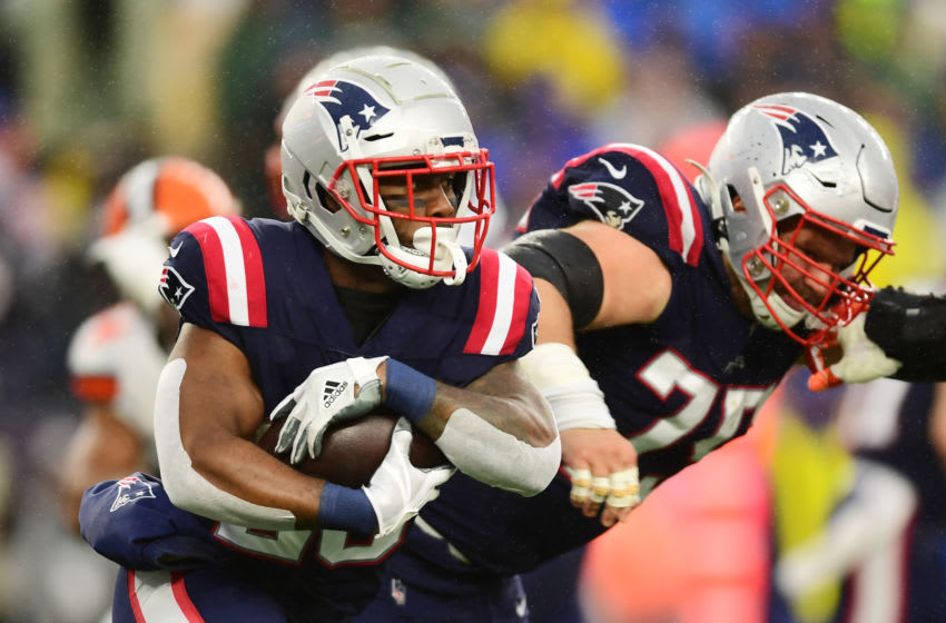 FOXBOROUGH, MASSACHUSETTS - OCTOBER 27: Running back James White #28 of the New England Patriots carries the ball in the second quarter of the game against the Cleveland Browns at Gillette Stadium on October 27, 2019 in Foxborough, Massachusetts. (Photo by Billie Weiss/Getty Images)