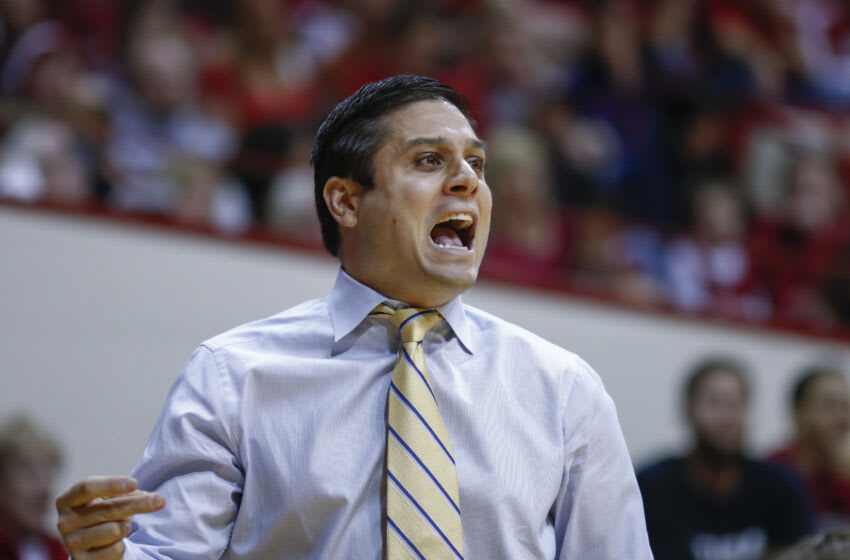 BLOOMINGTON, IN - NOVEMBER 28: Head coach Wes Miller of the UNC-Greensboro Spartans is seen during the game against the Indiana Hoosiers at Assembly Hall on November 28, 2014 in Bloomington, Indiana. (Photo by Michael Hickey/Getty Images)