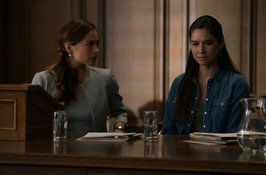 Burden of Truth -- Pictured (L-R): Kristin Kreuk as Joanna Chang and Sera-Lys McArthur as Kodie -- Photo: © 2020 Cause One Productions Inc. and Cause One Manitoba Inc.