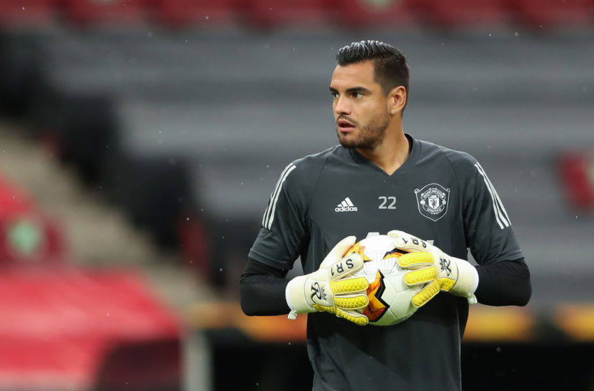 COLOGNE, GERMANY - AUGUST 16: Sergio Romero of Manchester United warms up ahead of the UEFA Europa League Semi Final between Sevilla and Manchester United at RheinEnergieStadion on August 16, 2020 in Cologne, Germany. (Photo by James Williamson - AMA/Getty Images)