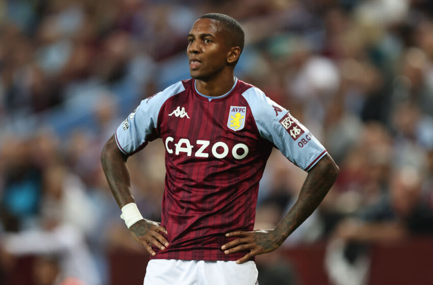 BIRMINGHAM, ENGLAND - SEPTEMBER 18: Ashley Young of Aston Villa during the Premier League match between Aston Villa and Everton at Villa Park on September 18, 2021 in Birmingham, England. (Photo by Marc Atkins/Getty Images)