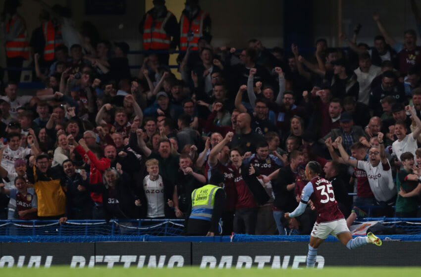 LONDON, ENGLAND - SEPTEMBER 22: Cameron Archer of Aston Villa celebrates after scoring a goal to make it 1-1 during the Carabao Cup Third Round match between Chelsea and Aston Villa at Stamford Bridge on September 22, 2021 in London, England. (Photo by James Williamson - AMA/Getty Images)