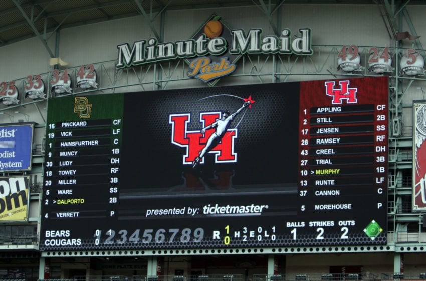 HOUSTON, TX - MARCH 04: Minute Maid Parks new $12 million dollard scoreboard shows the Houston Cougars logo at Minute Maid Park on March 4, 2011 in Houston, Texas. (Photo by Bob Levey/Getty Images)
