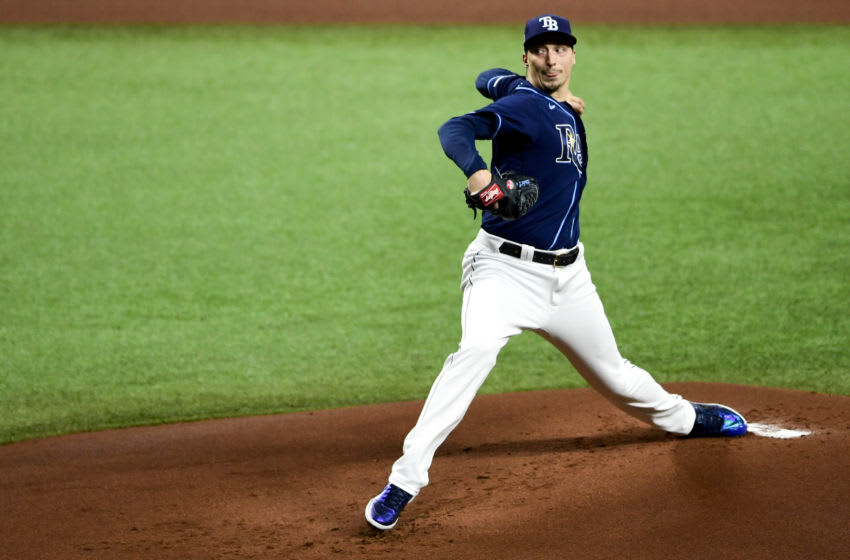 Blake Snell #4 of the Tampa Bay Rays throws a pitch during the first inning against the Boston Red Sox at Tropicana Field on September 11, 2020 in St Petersburg, Florida. (Photo by Douglas P. DeFelice/Getty Images)
