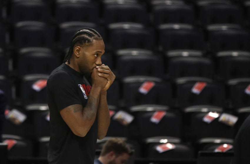 TORONTO, ON- DECEMBER 11 - LA Clippers forward Kawhi Leonard (2) warms up before the game as the Toronto Raptors play the LA Clippers at Scotiabank Arena in Toronto. December 11, 2019. (Steve Russell/Toronto Star via Getty Images)