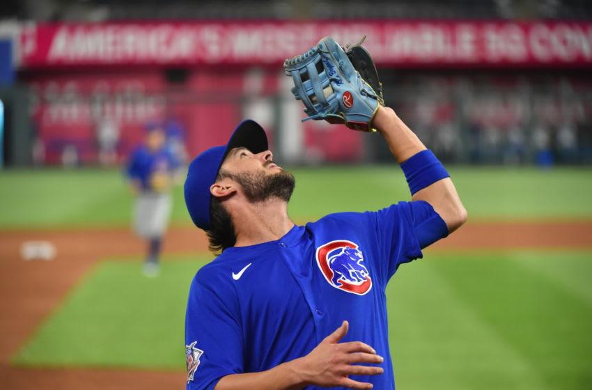 Cubs third baseman Kris Bryant makes a play. (Photo by Ed Zurga/Getty Images)