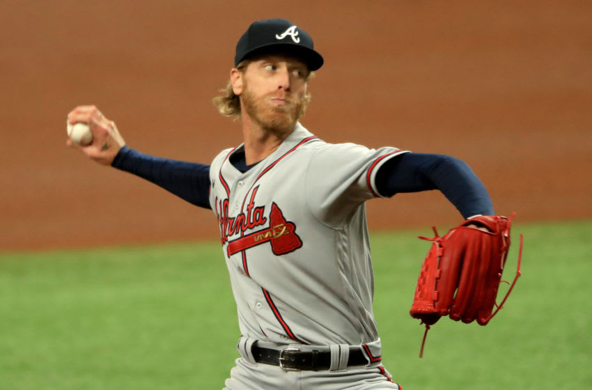 ST PETERSBURG, FLORIDA - JULY 27: Mike Foltynewicz #26 of the Atlanta Braves pitches during a game against the Tampa Bay Rays at Tropicana Field on July 27, 2020 in St Petersburg, Florida. (Photo by Mike Ehrmann/Getty Images)