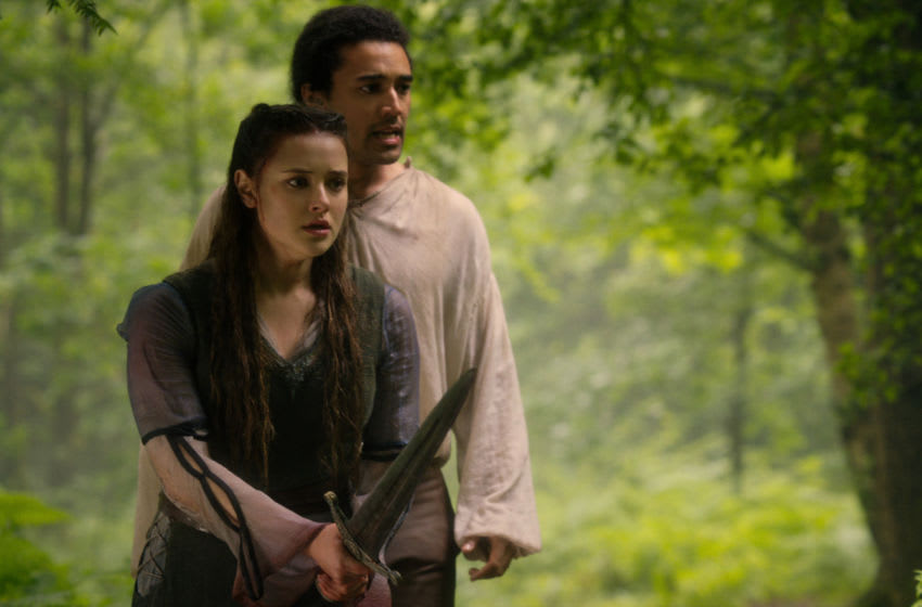 CURSED (L TO R) KATHERINE LANGFORD as NIMUE and DEVON TERRELL as ARTHUR in episode 104 of CURSED Cr. Netflix © 2020