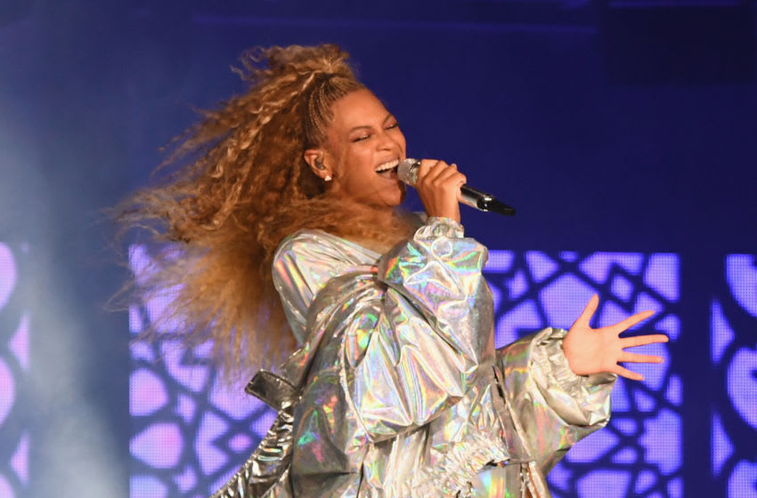 EAST RUTHERFORD, NJ - AUGUST 02: Beyonce performs onstage during the