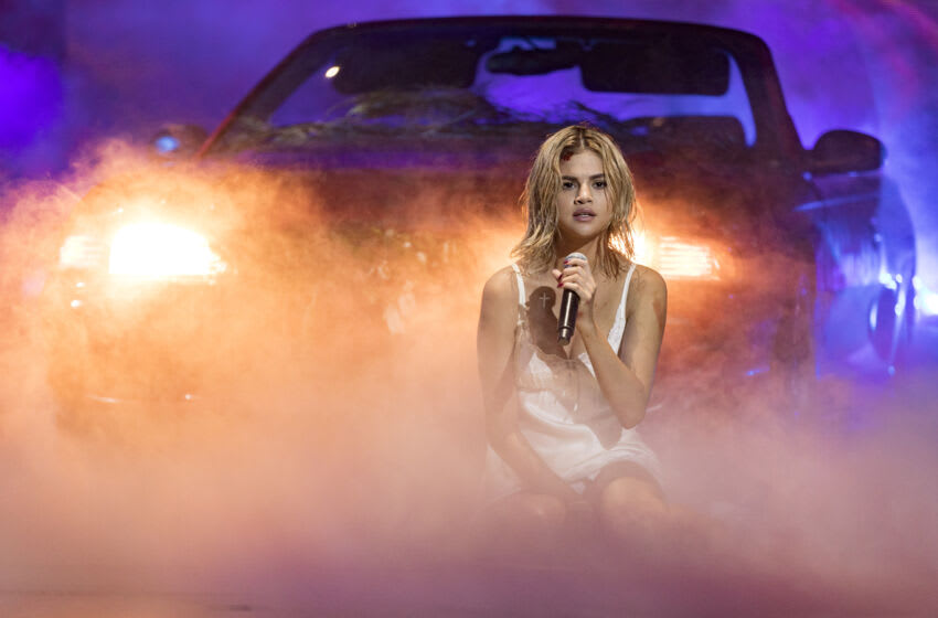 LOS ANGELES, CA - NOVEMBER 19: Selena Gomez performs 'Wolves' onstage during the 2017 American Music Awards at Microsoft Theater on November 19, 2017 in Los Angeles, California. (Photo by Chris Polk/AMA2017/Getty Images for dcp)