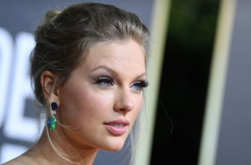 US singer and actress Taylor Swift arrives for the 77th annual Golden Globe Awards on January 5, 2020, at The Beverly Hilton hotel in Beverly Hills, California. (Photo by VALERIE MACON / AFP) (Photo by VALERIE MACON/AFP via Getty Images)