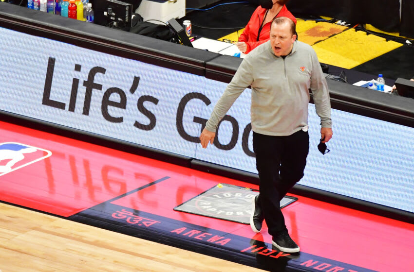 NY Knicks, Tom Thibodeau (Photo by Julio Aguilar/Getty Images)