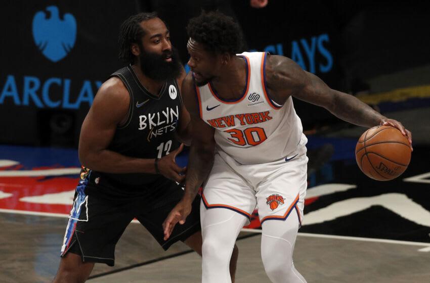 NY Knicks, Julius Randle, Kemba Walker, Derrick Rose Photo by Jim McIsaac/Getty Images)
