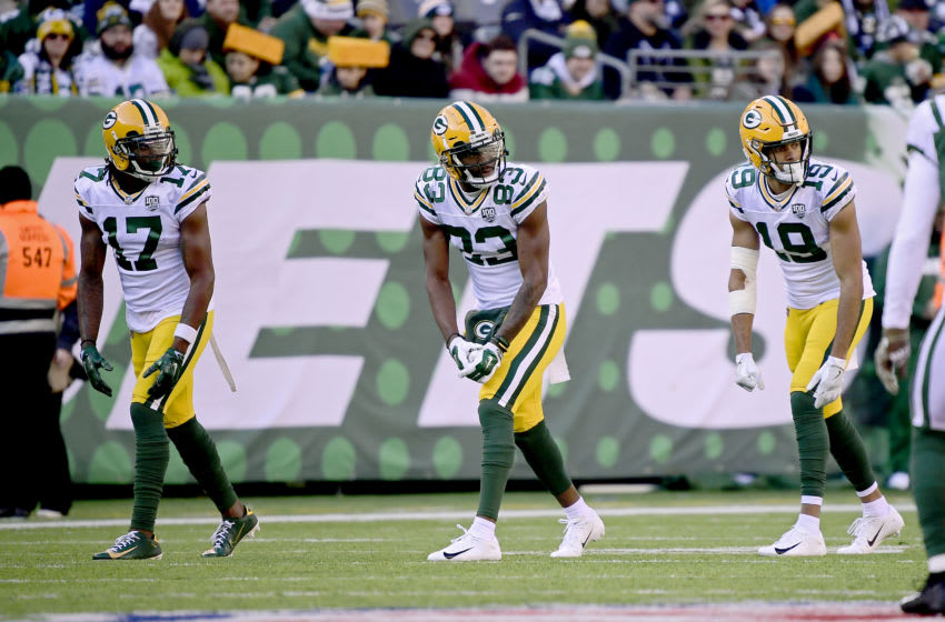 EAST RUTHERFORD, NEW JERSEY - DECEMBER 23: Davante Adams #17, Marquez Valdes-Scantling #83 and Equanimeous St. Brown #19 of the Green Bay Packers line up for the play against the New York Jets at MetLife Stadium on December 23, 2018 in East Rutherford, New Jersey. (Photo by Steven Ryan/Getty Images)