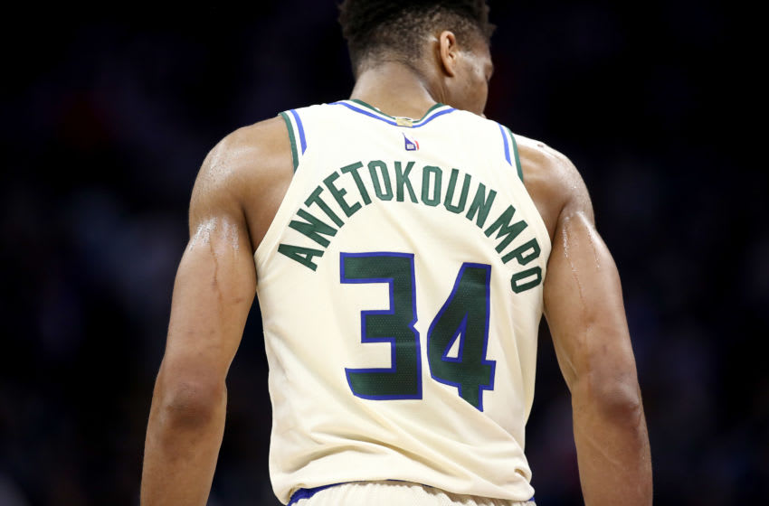SACRAMENTO, CALIFORNIA - JANUARY 10: Giannis Antetokounmpo #34 of the Milwaukee Bucks in action against the Sacramento Kings at Golden 1 Center on January 10, 2020 in Sacramento, California. NOTE TO USER: User expressly acknowledges and agrees that, by downloading and or using this photograph, User is consenting to the terms and conditions of the Getty Images License Agreement. (Photo by Ezra Shaw/Getty Images)