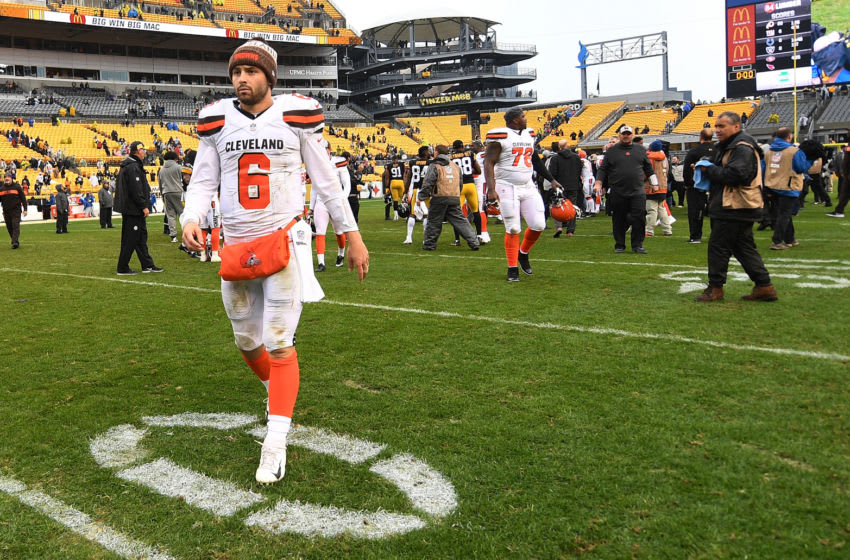 PITTSBURGH, PA - OCTOBER 28: Baker Mayfield #6 of the Cleveland Browns walks off the field after being defeated by the Pittsburgh Steelers 33-18 at Heinz Field on October 28, 2018 in Pittsburgh, Pennsylvania. (Photo by Justin Berl/Getty Images)