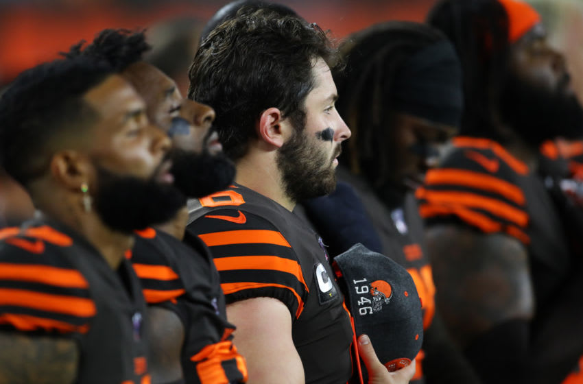 CLEVELAND, OHIO - SEPTEMBER 22: Quarterback Baker Mayfield #6 of the Cleveland Browns stands with his teammates during the national anthem before playing against the Los Angeles Rams at FirstEnergy Stadium on September 22, 2019 in Cleveland, Ohio. (Photo by Gregory Shamus/Getty Images)