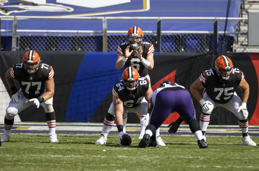 BALTIMORE, MD - SEPTEMBER 13: Baker Mayfield #6 of the Cleveland Browns prepares to call for the snap against the Baltimore Ravens during the second half at M&T Bank Stadium on September 13, 2020 in Baltimore, Maryland. (Photo by Scott Taetsch/Getty Images)