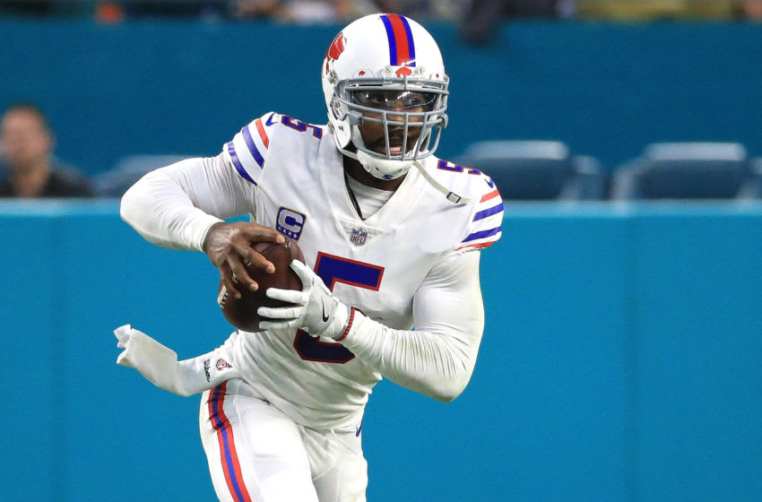 MIAMI GARDENS, FL - DECEMBER 31: Tyrod Taylor #5 of the Buffalo Bills rushes during the second quarter against the Miami Dolphins at Hard Rock Stadium on December 31, 2017 in Miami Gardens, Florida. (Photo by Mike Ehrmann/Getty Images)
