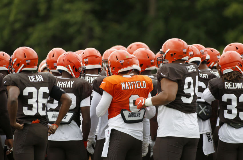 WESTFIELD, INDIANA - AUGUST 14: Baker Mayfield #6 and the Cleveland Browns huddle up during the joint practice between the Cleveland Browns and the Indianapolis Colts at Grand Park on August 14, 2019 in Westfield, Indiana. (Photo by Justin Casterline/Getty Images)