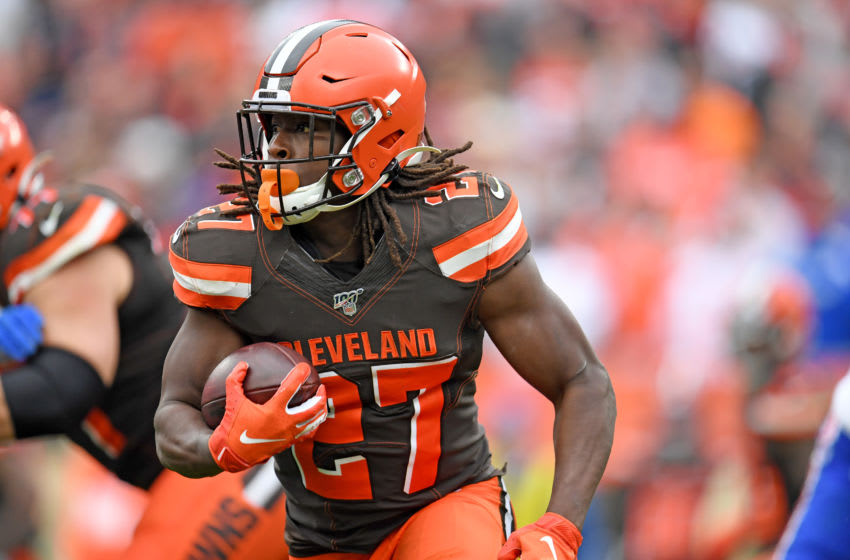 CLEVELAND, OHIO - NOVEMBER 10: Running back Kareem Hunt #27 of the Cleveland Browns runs for a gain during the first half against the Buffalo Bills at FirstEnergy Stadium on November 10, 2019 in Cleveland, Ohio. (Photo by Jason Miller/Getty Images)