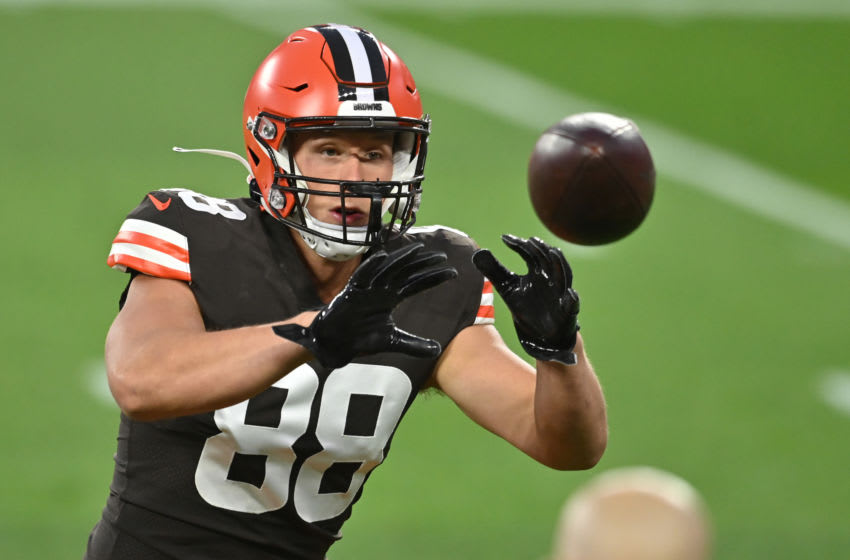 Sep 17, 2020; Cleveland, Ohio, USA; Cleveland Browns tight end Harrison Bryant (88) warms up before the game between the Cleveland Browns and the Cincinnati Bengals at FirstEnergy Stadium. Mandatory Credit: Ken Blaze-USA TODAY Sports