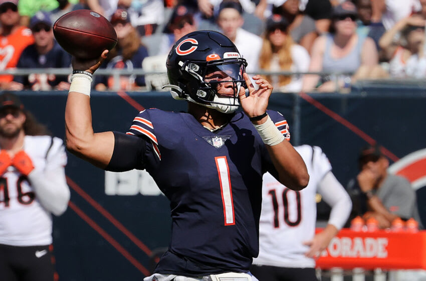 CHICAGO, ILLINOIS - SEPTEMBER 19: Quarterback Justin Fields #1 of the Chicago Bears throws the ball during the second half in the game against the Cincinnati Bengals at Soldier Field on September 19, 2021 in Chicago, Illinois. (Photo by Jonathan Daniel/Getty Images)