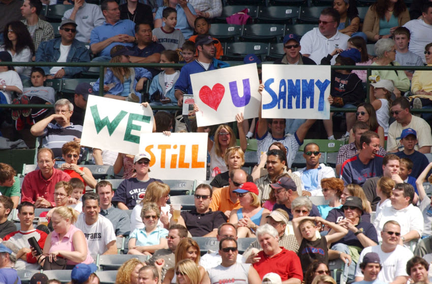 CHICAGO - JUNE 5: Fans of the Chicago Cubs and Sammy Sosa display signs saying