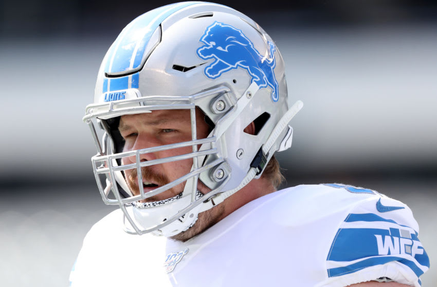 PHILADELPHIA, PENNSYLVANIA - SEPTEMBER 22: Graham Glasgow #60 of the Detroit Lions looks on during warm ups before the game against the Philadelphia Eagles at Lincoln Financial Field on September 22, 2019 in Philadelphia, Pennsylvania. (Photo by Elsa/Getty Images)