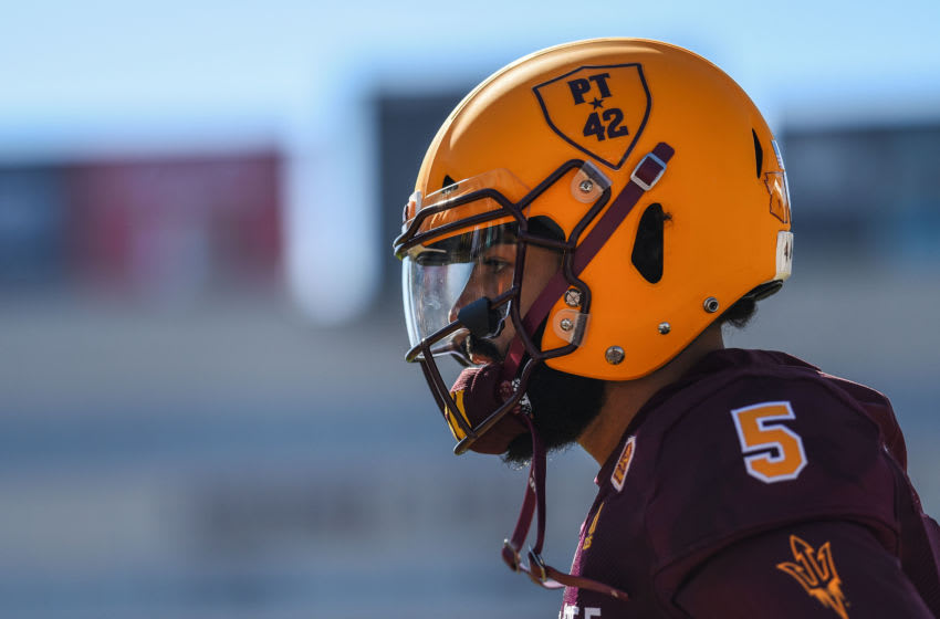 TEMPE, AZ - NOVEMBER 10: Quarterback Manny Wilkins #5 of the Arizona State Sun Devils warms up for the game against the UCLA Bruins at Sun Devil Stadium on November 10, 2018 in Tempe, Arizona. (Photo by Jennifer Stewart/Getty Images)