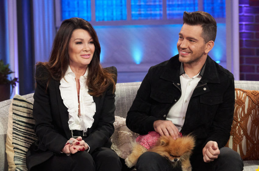 THE KELLY CLARKSON SHOW -- Episode 3083 -- Pictured: (l-r) Lisa Vanderpump, Andy Grammer -- (Photo by: Adam Christopher/NBCUniversal)