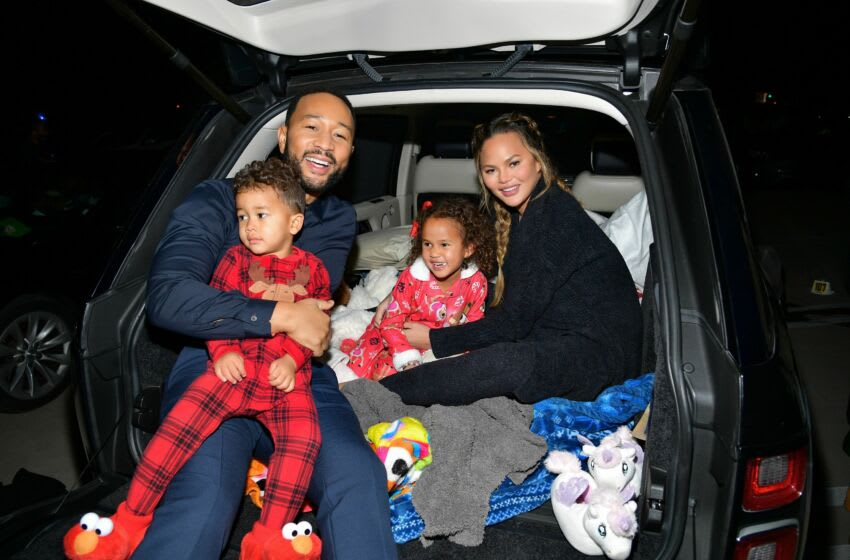 LOS ANGELES, CALIFORNIA - NOVEMBER 13: (EDITORS NOTE: This image has been retouched) (L-R) Miles Theodore Stephens, John Legend, Luna Simone Stephens, and Chrissy Teigen attend Netflix's