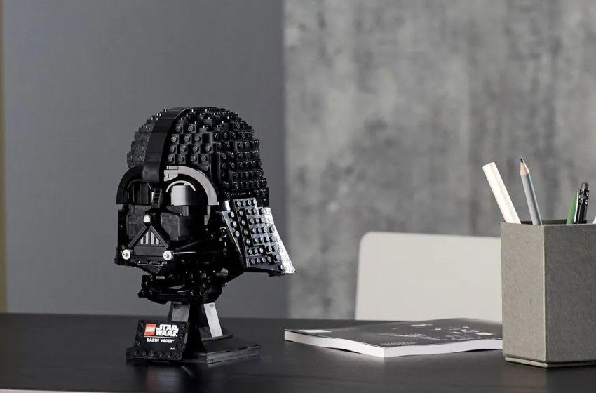 LEGO Darth Vader™ Helmet. Photo: LEGO.com.