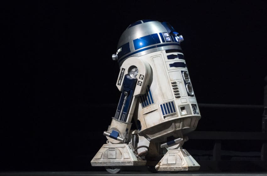 TOKYO, JAPAN - NOVEMBER 28: Star Wars character R2-D2 is seen before the 'Star Wars Kabuki' performance that was produced to promote the upcoming release of 'Star Wars: The Rise of Skywalker' at Meguro Persimmon Hall on November 28, 2019 in Tokyo, Japan. **EDITORIAL USE ONLY** (Photo by Tomohiro Ohsumi/Getty Images)