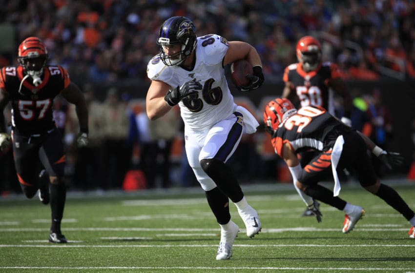CINCINNATI, OHIO - NOVEMBER 10: Nick Boyle #86 of the Baltimore Ravens runs with the ball against the Cincinnati Bengals at Paul Brown Stadium on November 10, 2019 in Cincinnati, Ohio. (Photo by Andy Lyons/Getty Images)