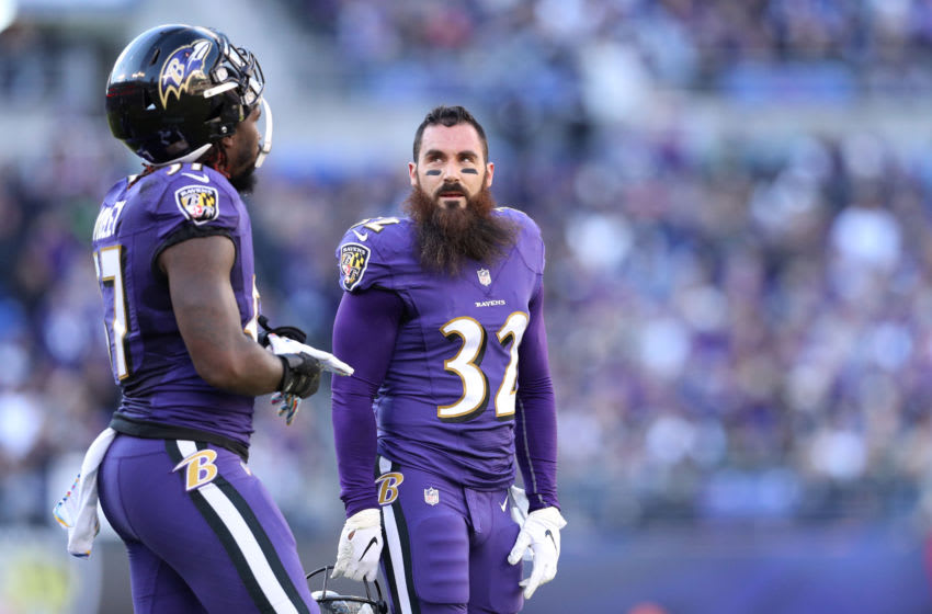 BALTIMORE, MD - OCTOBER 21: Free Safety Eric Weddle #32 of the Baltimore Ravens stands on the field in the first quarter against the Baltimore Ravens at M&T Bank Stadium on October 21, 2018 in Baltimore, Maryland. (Photo by Patrick Smith/Getty Images)