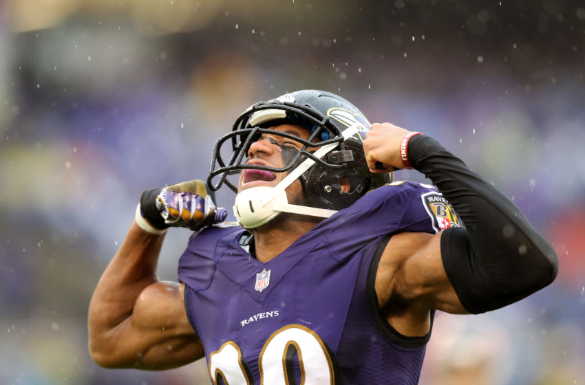 BALTIMORE, MARYLAND - DECEMBER 16: Marlon Humphrey #29 of the Baltimore Ravens celebrates after making a first half tackle against the Tampa Bay Buccaneers at M&T Bank Stadium on December 16, 2018 in Baltimore, Maryland. (Photo by Rob Carr/Getty Images)