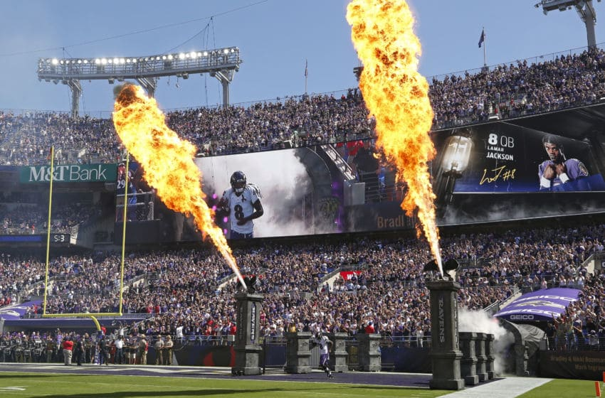 BALTIMORE, MARYLAND - SEPTEMBER 15: Quarterback Lamar Jackson #8 of the Baltimore Ravens takes the field prior to the game against the Arizona Cardinals at M&T Bank Stadium on September 15, 2019 in Baltimore, Maryland. (Photo by Todd Olszewski/Getty Images)
