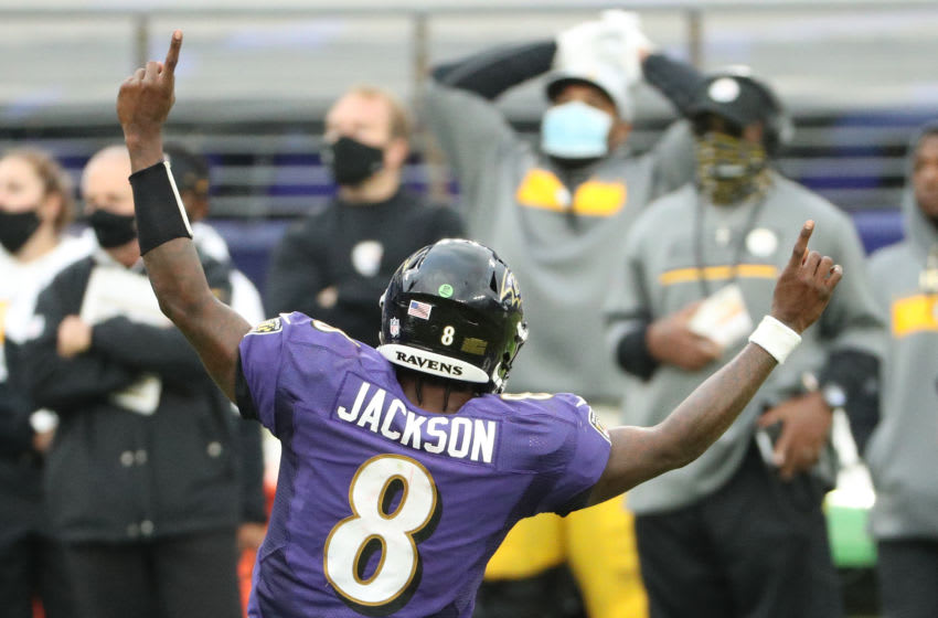 BALTIMORE, MARYLAND - NOVEMBER 01: Quarterback Lamar Jackson #8 of the Baltimore Ravens celebrates a touchdown against the Pittsburgh Steelers at M&T Bank Stadium on November 01, 2020 in Baltimore, Maryland. (Photo by Patrick Smith/Getty Images)