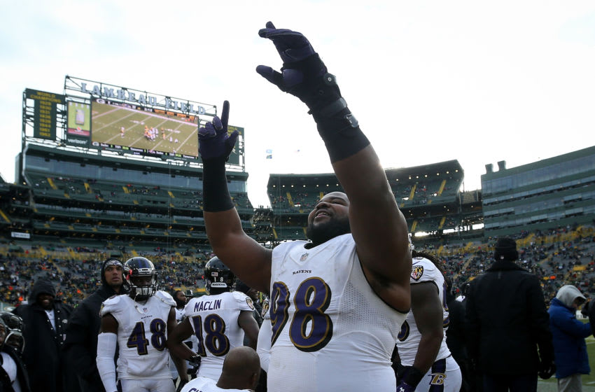 GREEN BAY, WI - NOVEMBER 19: Brandon Williams #98 of the Baltimore Ravens celebrates near the end of the game against the Green Bay Packers at Lambeau Field on November 19, 2017 in Milwaukee, Wisconsin. (Photo by Dylan Buell/Getty Images)