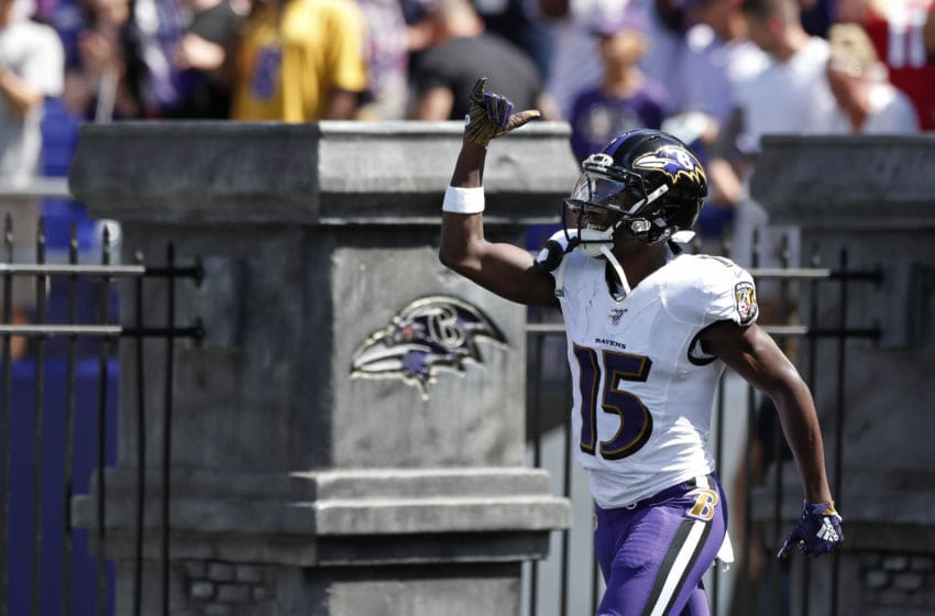 BALTIMORE, MARYLAND - SEPTEMBER 15: Wide Receiver Marquise Brown #15 of the Baltimore Ravens takes the field prior to the game against the Arizona Cardinals at M&T Bank Stadium on September 15, 2019 in Baltimore, Maryland. (Photo by Todd Olszewski/Getty Images)