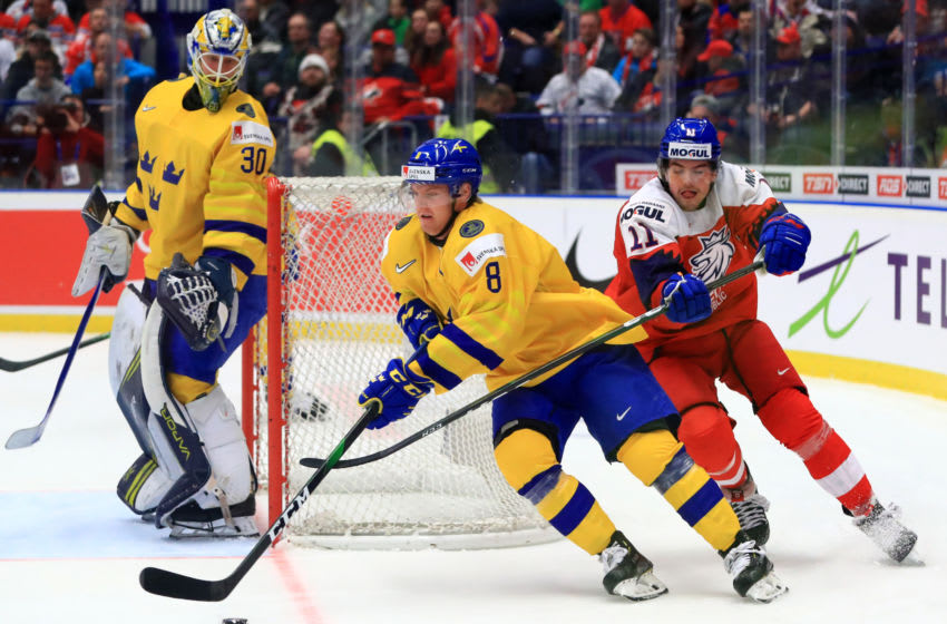Toronto Maple Leafs - Rasmus Sandin (Photo by Peter Kovalev\TASS via Getty Images)