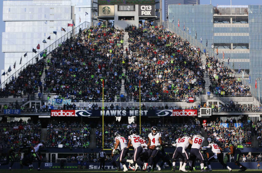 SEATTLE, WA - OCTOBER 29: Quarterback Deshaun Watson