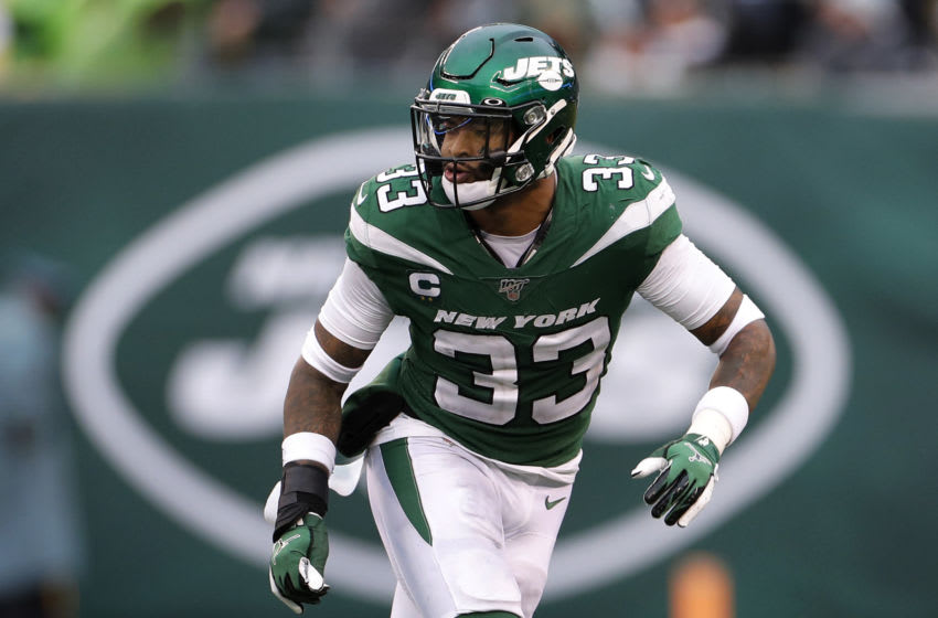 EAST RUTHERFORD, NEW JERSEY - NOVEMBER 24: (NEW YORK DAILIES OUT) Jamal Adams #33 of the New York Jets in action against the Oakland Raiders at MetLife Stadium on November 24, 2019 in East Rutherford, New Jersey. The Jets defeated the Raiders 34-3. (Photo by Jim McIsaac/Getty Images)