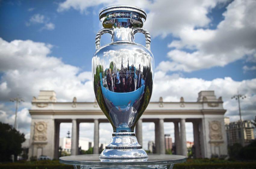Euro 2020 trophy (Photo by Alexander NEMENOV / AFP) (Photo by ALEXANDER NEMENOV/AFP via Getty Images)