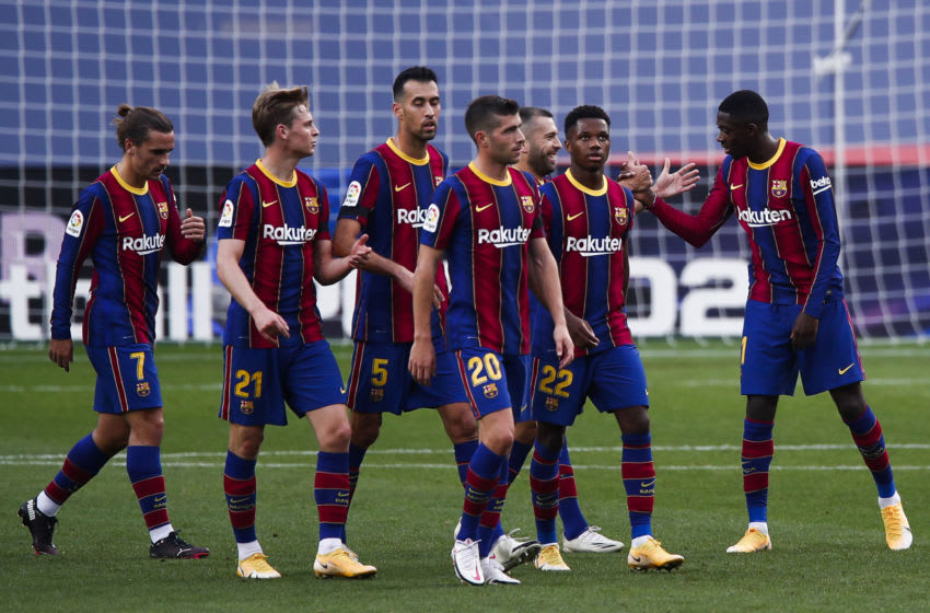 Ousmane Dembélé of FC Barcelona with team. (Photo by Eric Alonso/Getty Images)